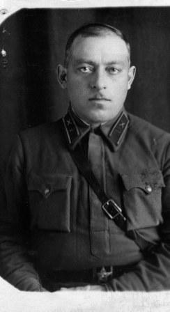 Командир 1902 Кременчугского самоходно-артиллерийского полка подполковник Грдзелишвили Н.С.