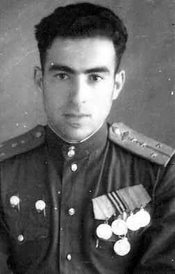 командир батареи 1902 Кременчугского самоходно-артиллерийского полка капитан Сокольский