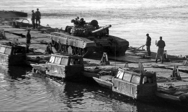 Паромная амфибия ПММ «Волна» - военная продукция КВСЗ(1974 – 1985 гг.)