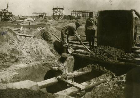 строительство кременчугского мостового завода фото 1946г